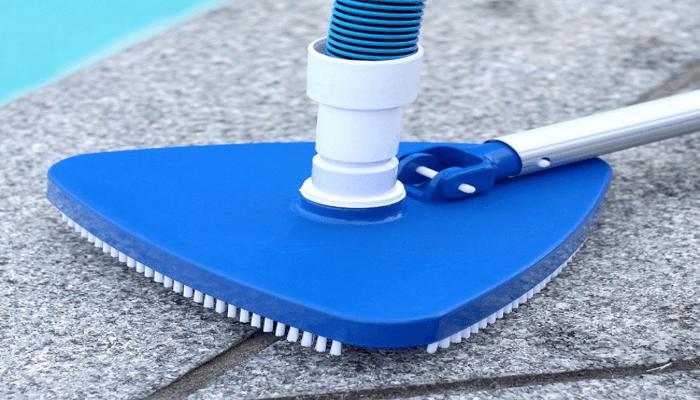 Ini Dia Alat Vacuum Cleaner Untuk Kolam Renang
