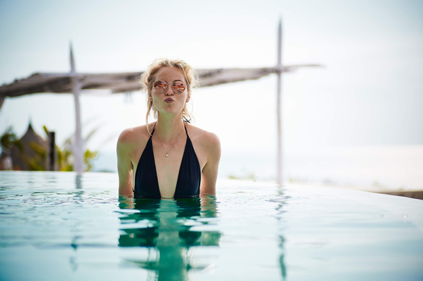 mengenal aksesoris kolam renang yang lengkap